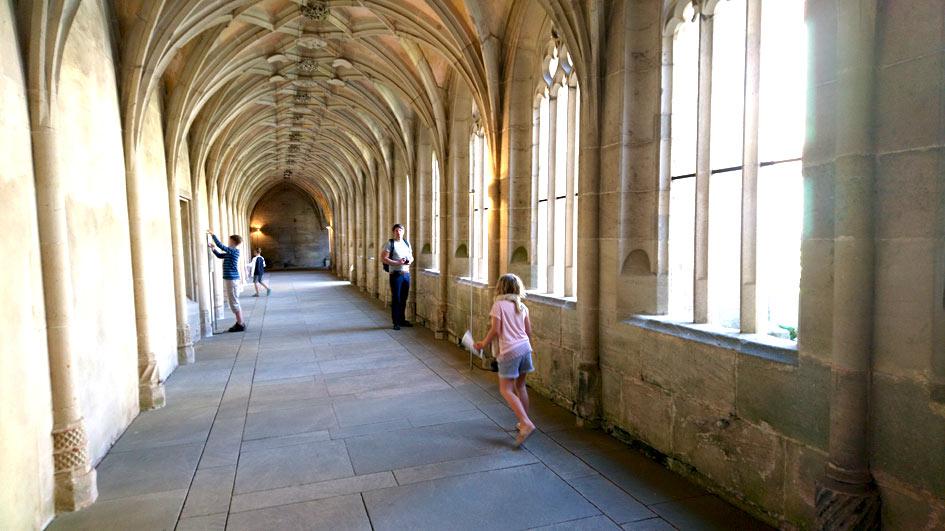 Familienfreundliche Besichtigung im Kloster