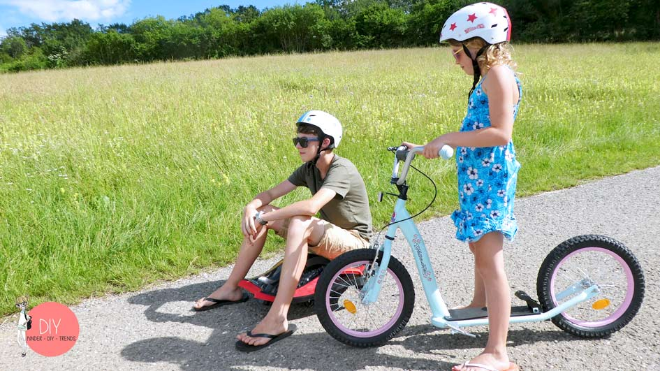 Outdoor Fahrzeuge für Kinder: Roller und Elektroauto