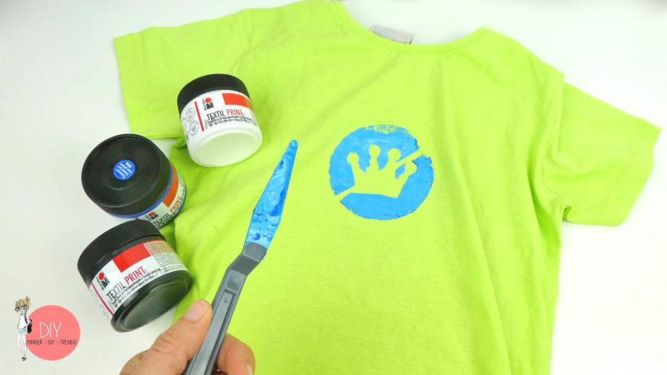 """T-Shirt bedrucken mit Siebdruck """"no princess"""""""