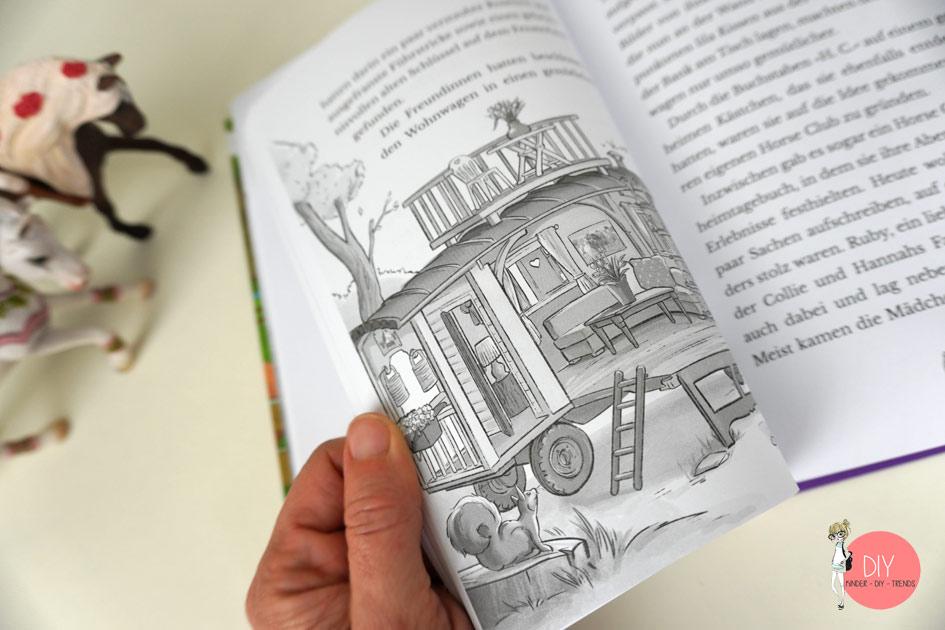 Schleich Horse Club Kinderbuch: Ein Fohlen für Mia, Blick ins Buch