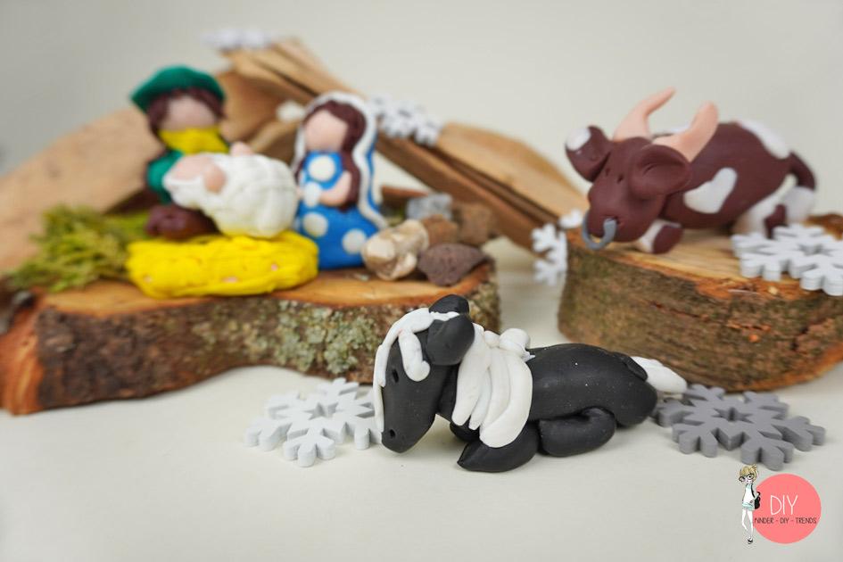 Ochse, Esel und Pferd im Stall - Krippenfiguren DIY