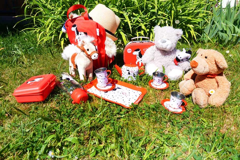 Teeparty zuhause mit Kuscheltieren & Pony