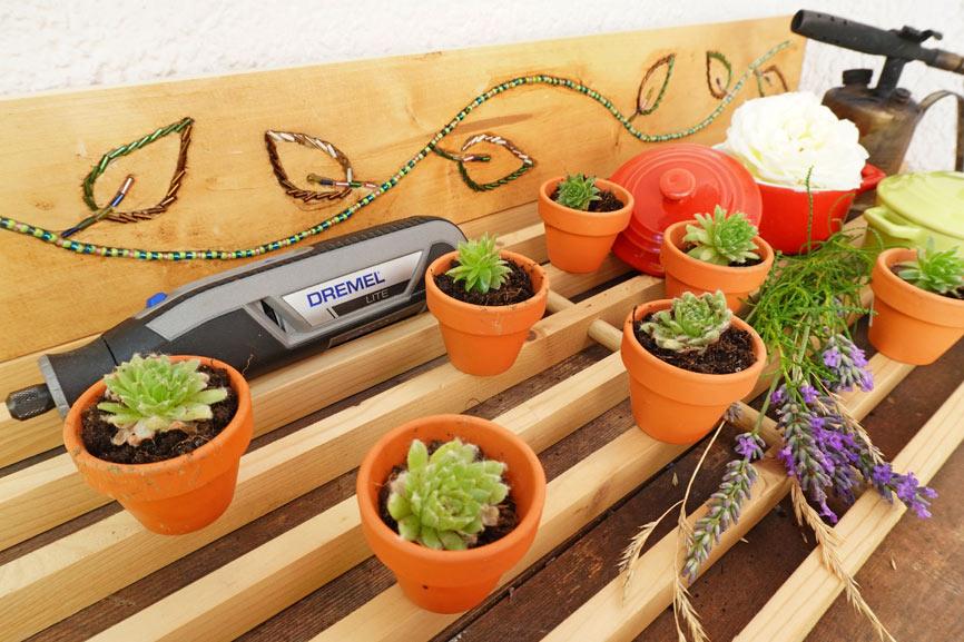 Garten Projekt mit Kindern: Pflanzen Regal selber bauen