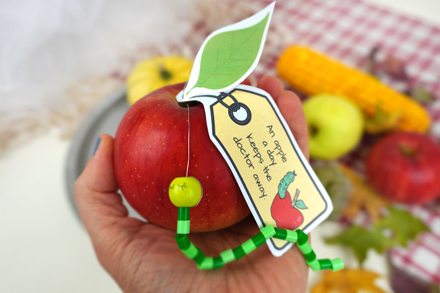 An apple a day keeps the doctor away - Bastelidee mit Apfel und Spruch