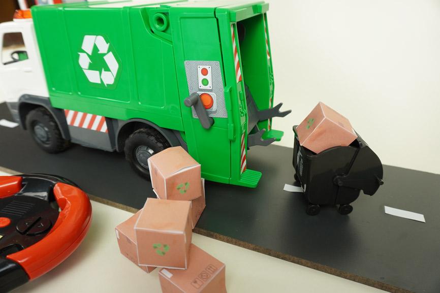 Revell Modellbau für Kinder: Karton Vorlage Freebie