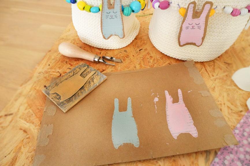 Linolschnitt / Linoldruck mit Kindern - Bastelidee für Ostern