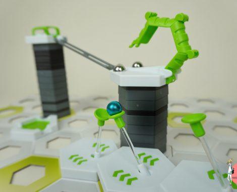 GRAVITRAX Erweiterungen in die Kugelbahn bauen