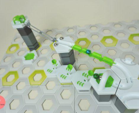 Kugelbahn GRAVITRAX mit Erweiterungen bauen