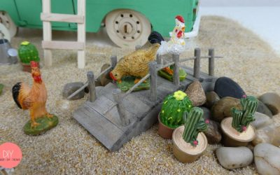 Miniaturgarten mit Hühner