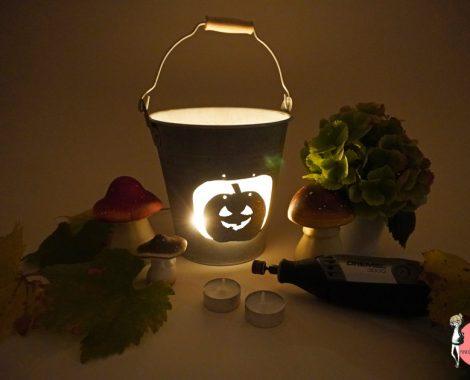 Halloween DIY mit Werkzeug: Dekolicht mit Kürbis
