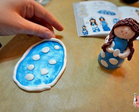 FIMO Schnee Prinzessin wird zur Maria Krippenfigur