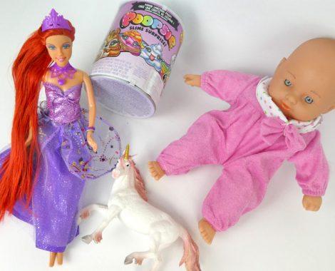 Geschenkideen für Mädchen: Puppe, Barbie und Einhorn