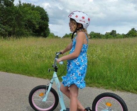 Roller mit Luftreifen für Mädchen ab 6 Jahren