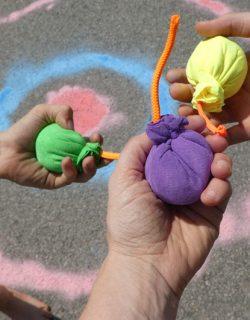 Kreidebomben Spiele zum Kindergeburtstag