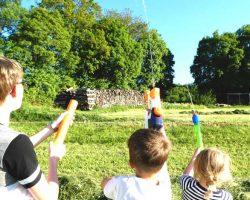 Spritzpistolen, Wasserpistolen und Wasserbombenschleuder Challenge