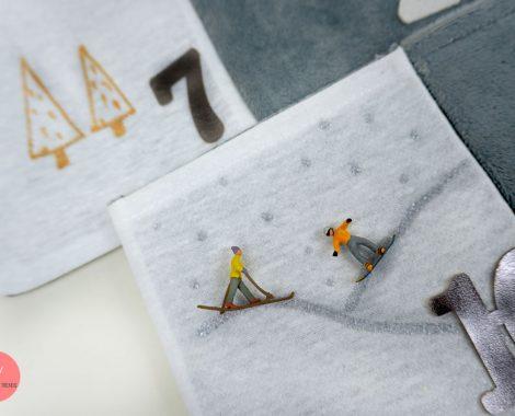 Minifiguren auf den Adventskalender bringen - zum Beispiel annähen