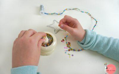 Mit der Perlenmühle Perlen auffädeln und basteln