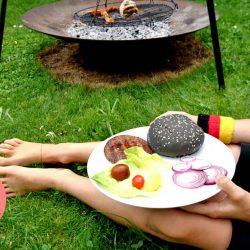 Leckerer Burger grillen - Schland Burger