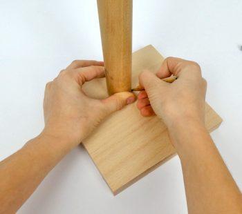 Bastelidee mit Werkzeug und Holz