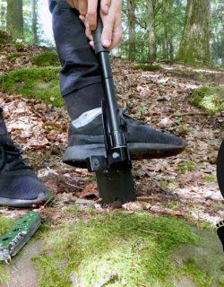 Schatzsuche im Wald beim Kindergeburtstag mit Schatzkarte, Klappspaten und Taschenmesser