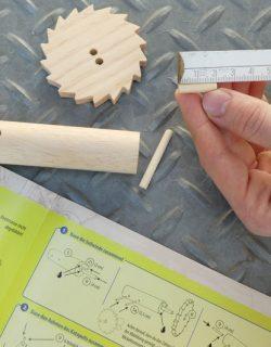 Spielerisch lernen mit Wow-Effekt - das Katapult von da Vinci bauen