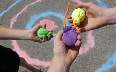 cropped-Kinder-DIY-Trends-MIFUS-Wasserbomben-Challenge-Kreide.jpg