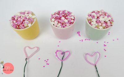 cropped-Kinder-DIY-Trends-Perlenherzen-basteln-zum-Muttertag-Bastelidee.jpg